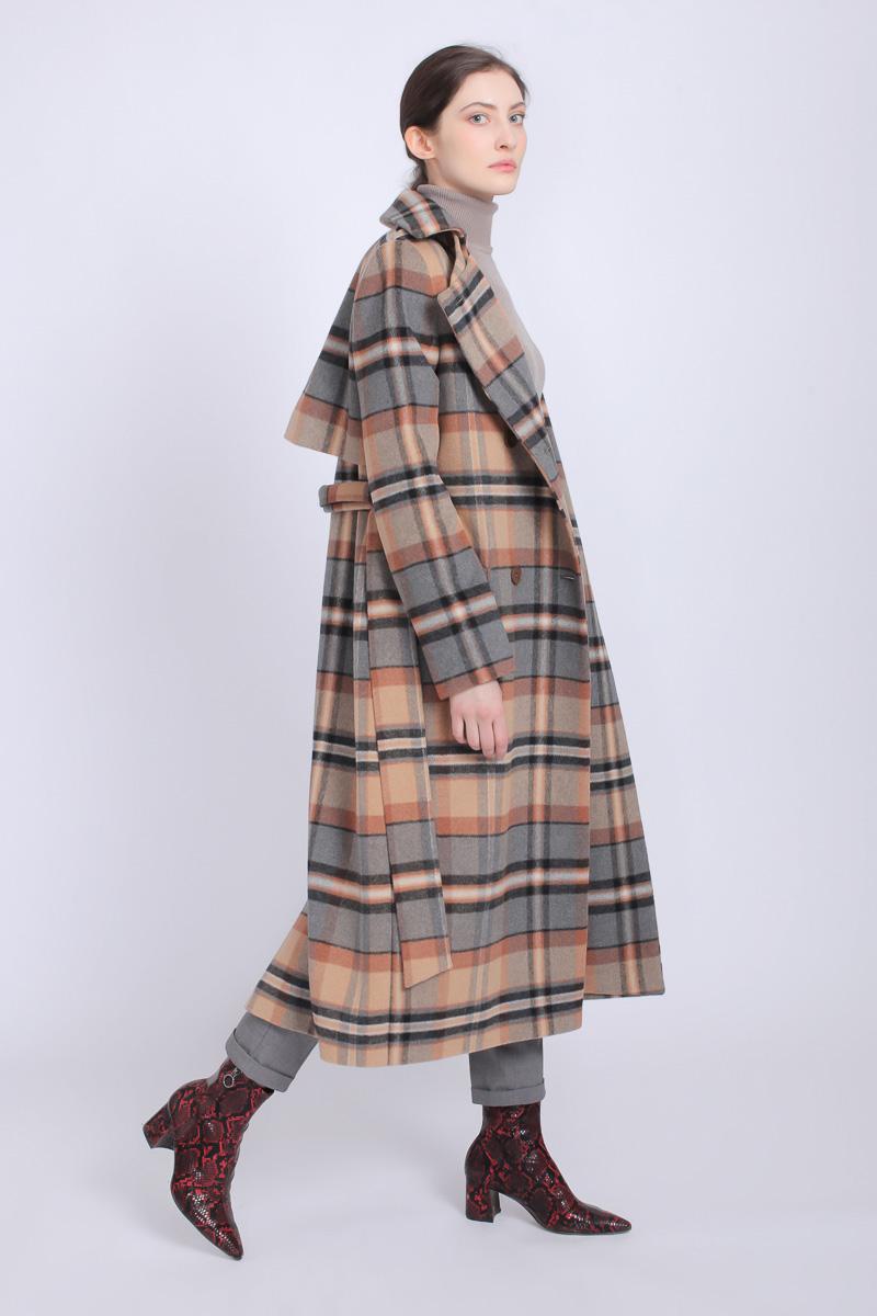 fee45985fd0 Стильные женские пальто - купить пальто женское в СПб в интернет магазине  Dream White