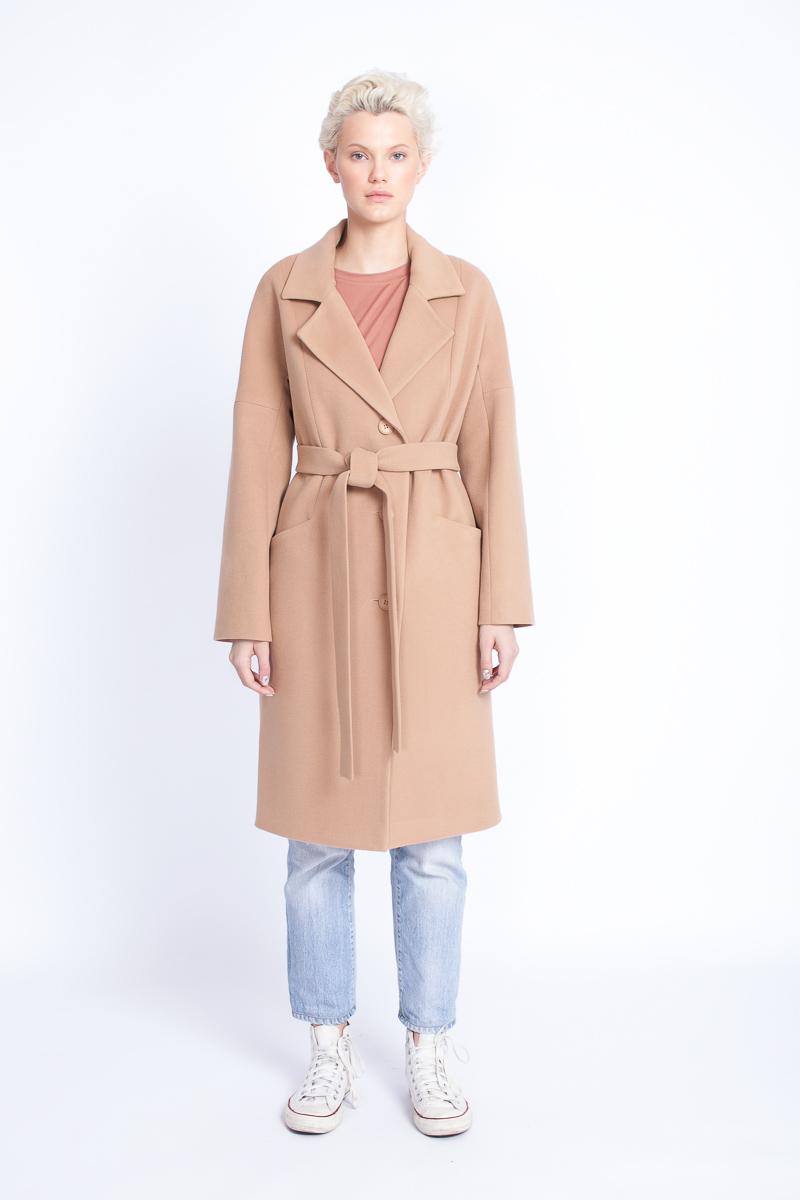 283dee35 Стильные женские пальто - купить пальто женское в СПб в интернет магазине  Dream White